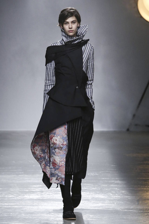 Aganovich RTW Fall Winter 2015 Paris