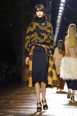 Dries-Van-Noten-RTW-FW15-Paris-1684-1425479531-thumb