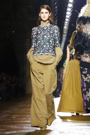 Dries-Van-Noten-RTW-FW15-Paris-1857-1425479767-thumb