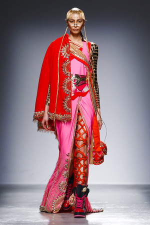 Manish-Arora-RTW-FW15-Paris-1503-1425558951-thumb