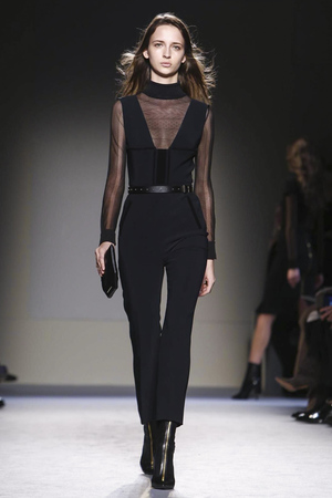 Roland Mouret RTW Fall Winter 2015 Paris