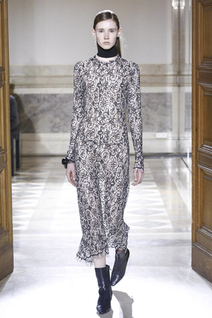 Sharon Wauchob RTW Fall Winter 2015 Paris