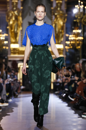 Stella-Mccartney-RTW-FW15-Paris-9286-1425893384-thumb